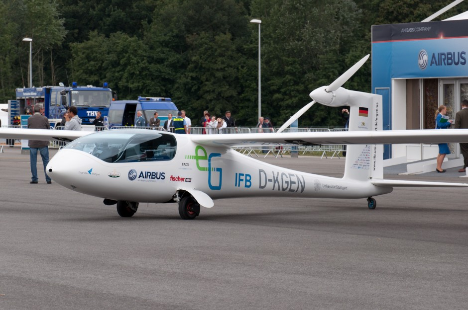 University of Stuttgart e-Genius manned electric airplane