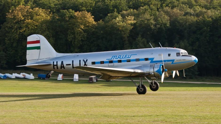 Malev - Hungarian Airlines (Gold Timer Foundation) Lisunov Li-2T (reg. HA-LIX, cn 18433209)
