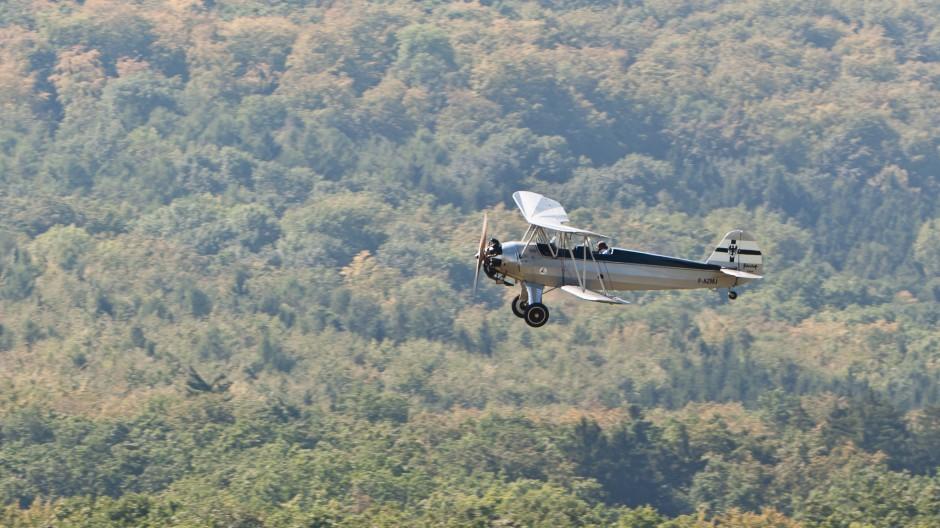 Focke-Wulf (Ceskomoravska-Kolben-Danek) Fw-44J Stieglitz (F-AZMJ, cn 2782) at OTT11