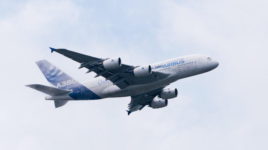Factory Airbus A380-861 (reg. F-WWDD, c/n 004)