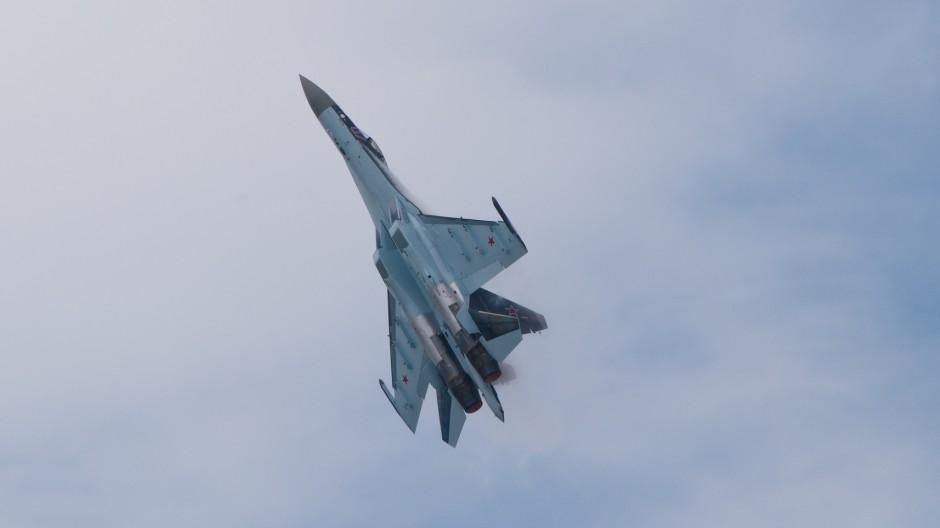 Sukhoi Su-35S (reg. 07 RED)